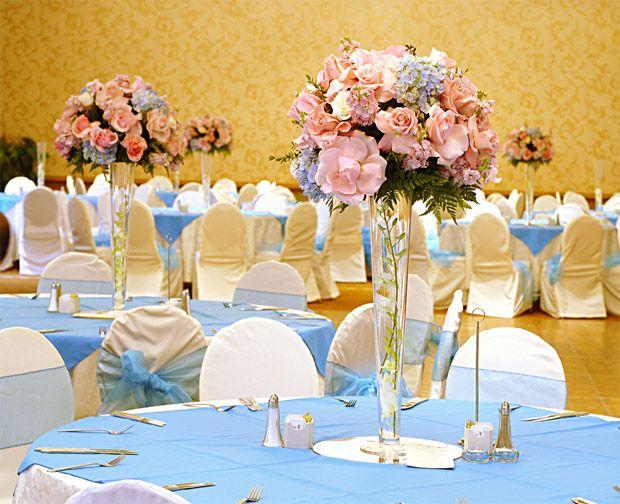 Decoração em rosa, azul, branco e amarelo
